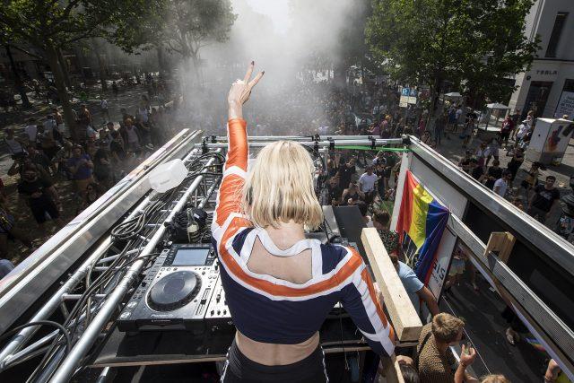 URBAN NATION X GRIESSMUEHLE. CSD 2019. Christopher Street Day Berlin. Mimi S. Ellen Alien. Streetart. Urbanart. UCA. Pride.