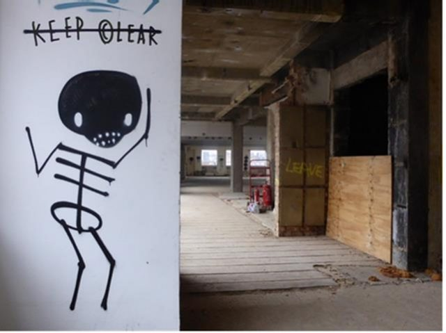 Skeleton Cardboard Skelly URBAN NATION