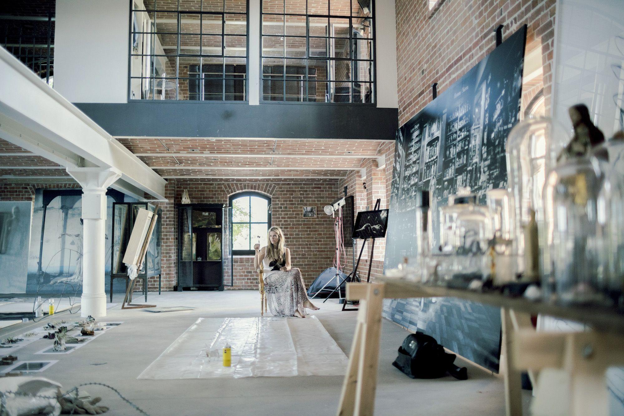 Artist in Residence MIA FLORENTINE WEISS