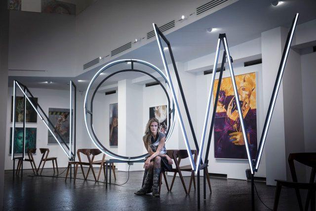 Mia Florentine Weiss UN ART Basel