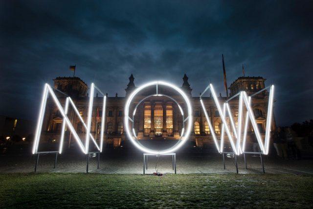 Mia Florentine Weiss NOW Reichstag
