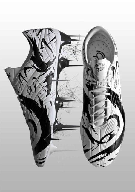 SheOne Trinity Awk shoes