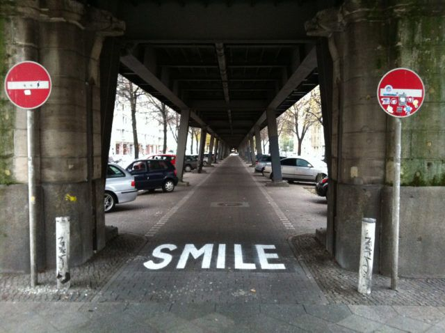 Canvaz Smile Project M URBAN NATION