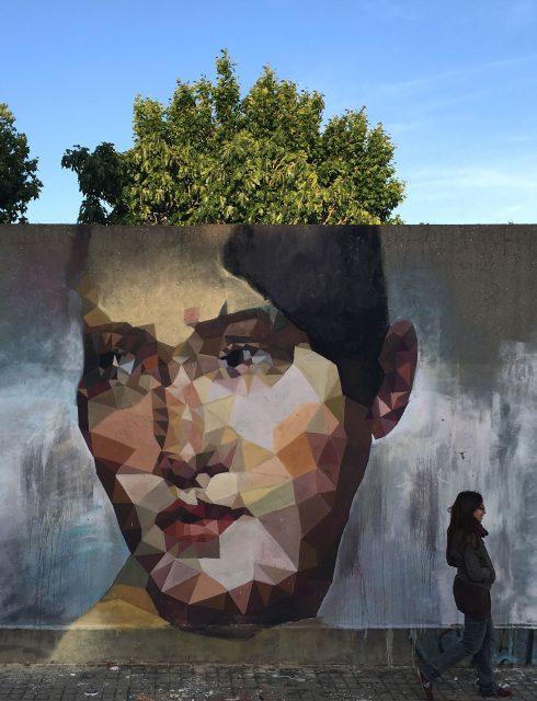 URI PILAR POLIGONO Mural