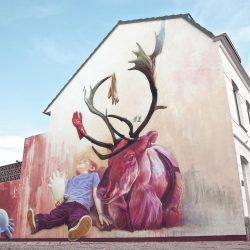 Telmo Miel Mural Spray Paint Deer