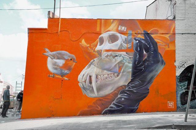 Telmo Miel Mural Bird Skull